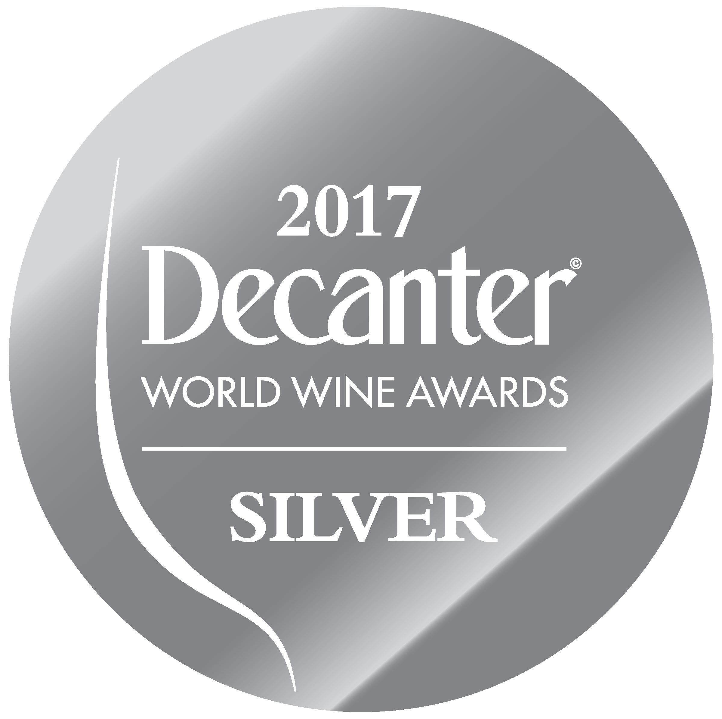 Mai 2017: 90 Punkte & Silbermedaille DECANTER WORLD WINE AWARDS für Jahrgang 2015