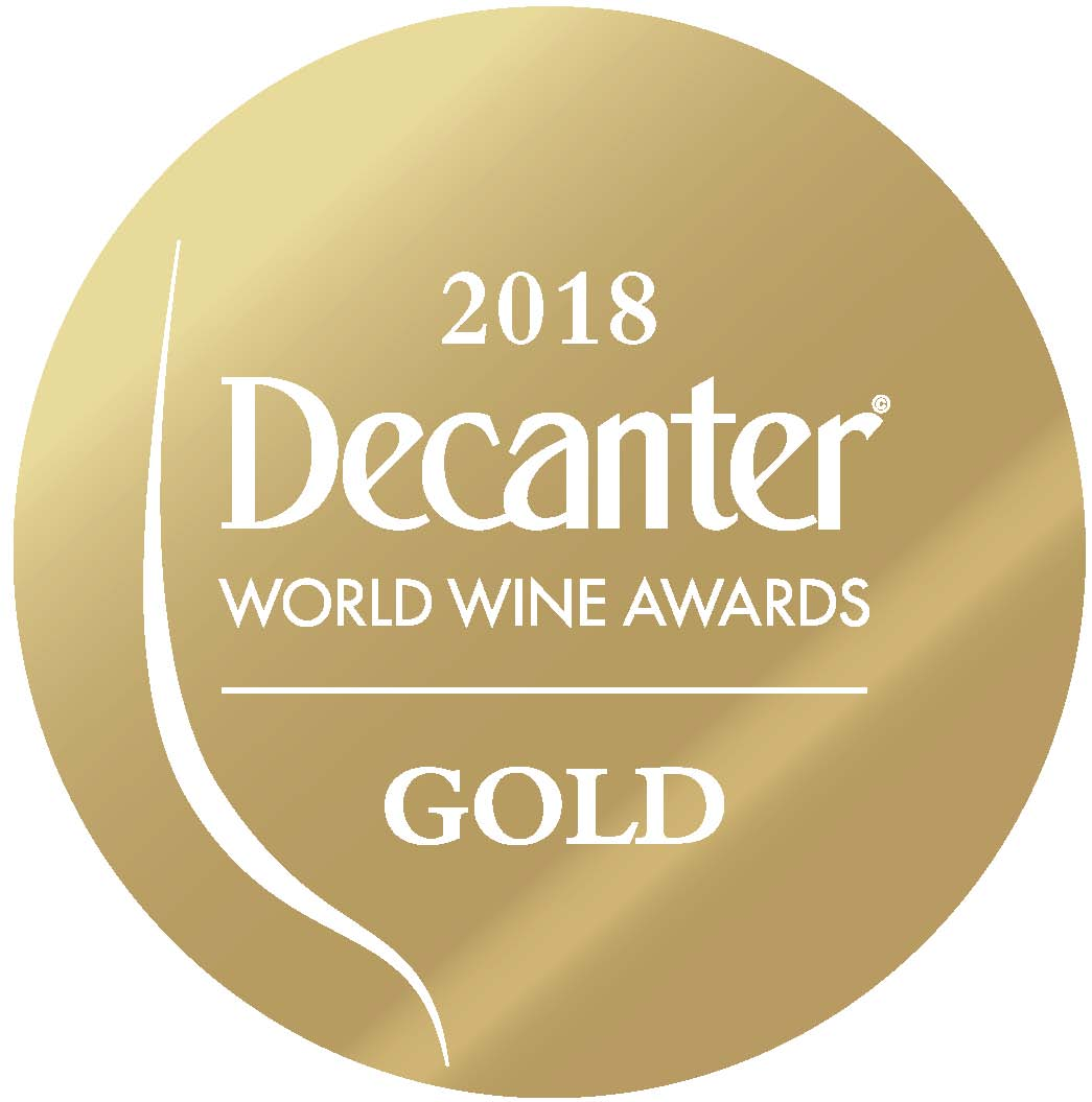 May 2018: 95 points and gold medal by the DECANTER magazine for vintage 2016