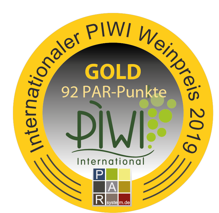 "November 2019: 92 points and gold medal at the ""PIWI-Weinpreis"" Germany for vintage 2018"